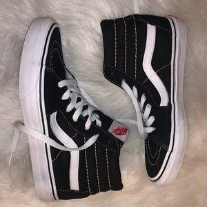 Vans Sk8 Hi Sneakers, Sz 7.5W/6M Black & White